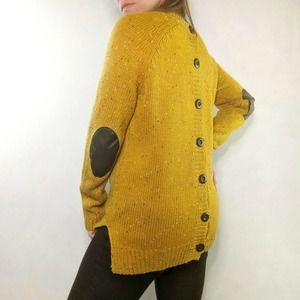 Le Lis Reverse Button Grandpa Sweater Yellow Med